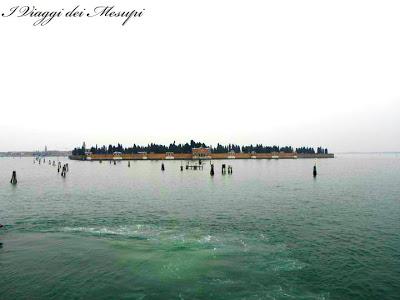 Visitare Murano e Burano - Isola carcere