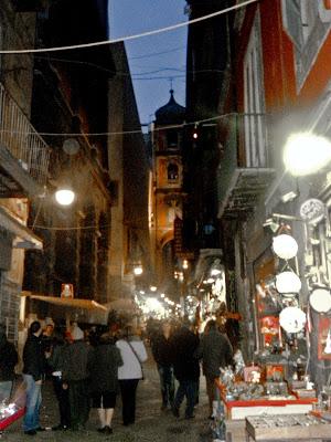 il Natale a San Gregorio Armeno, le vie
