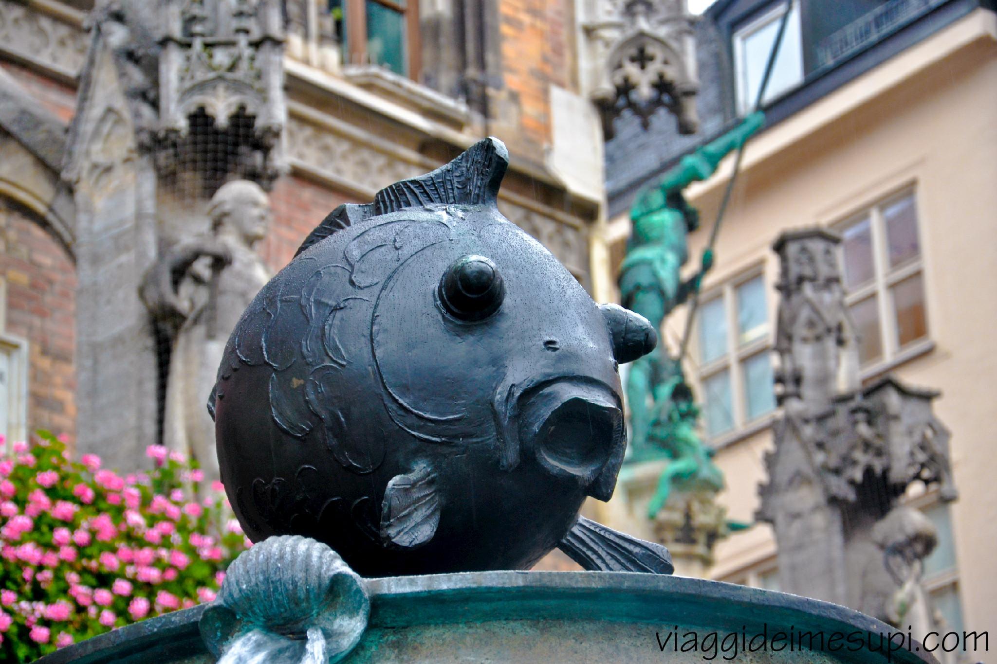 cosa vedere a monaco di baviera, fontana del pesce