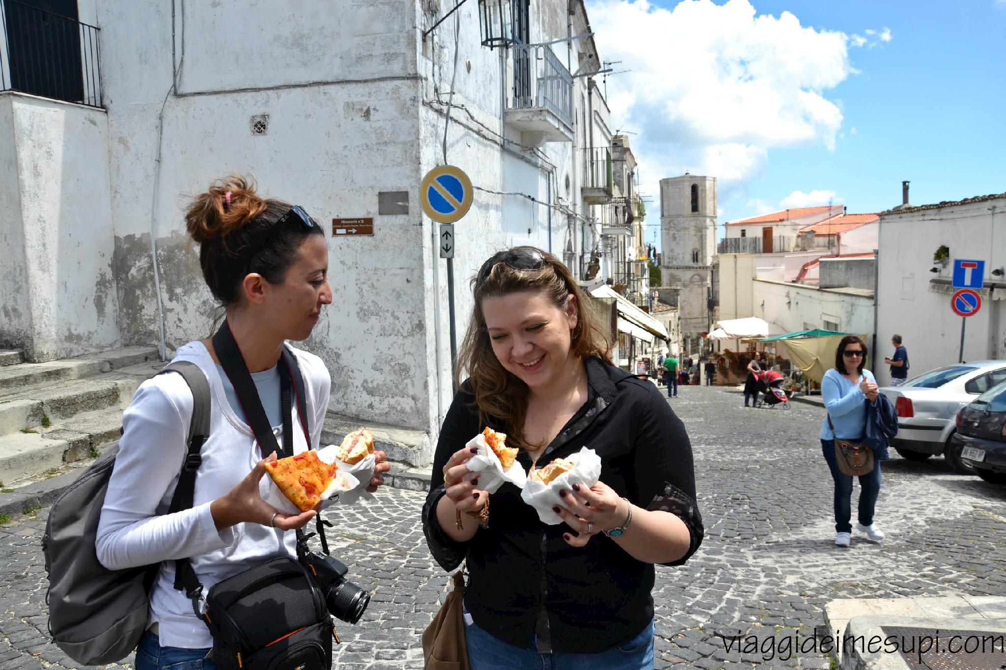 specialità del Gargano: mangiando la focaccia