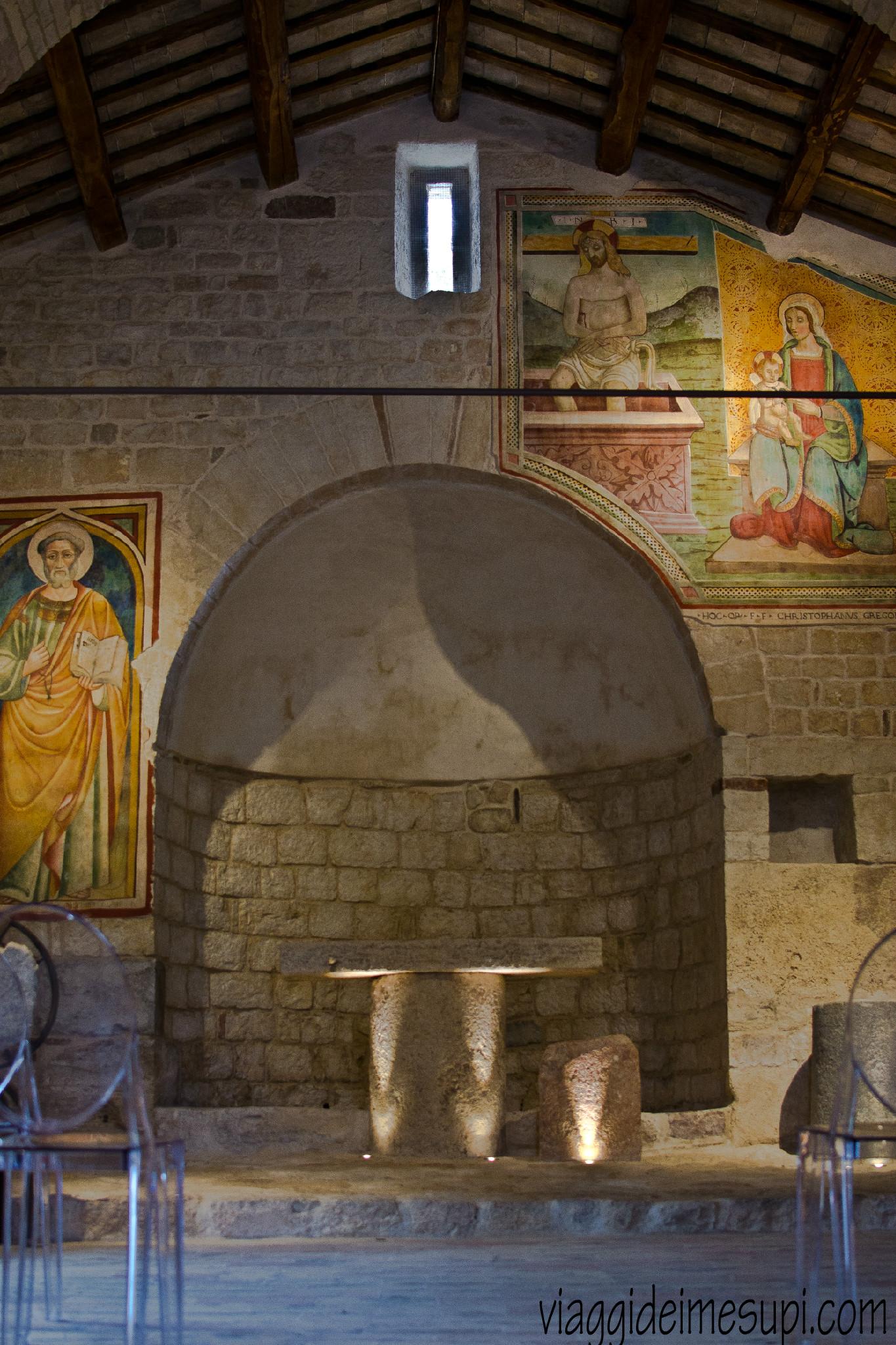Chiesa romaica di San Pietro a Pettine, Trevi