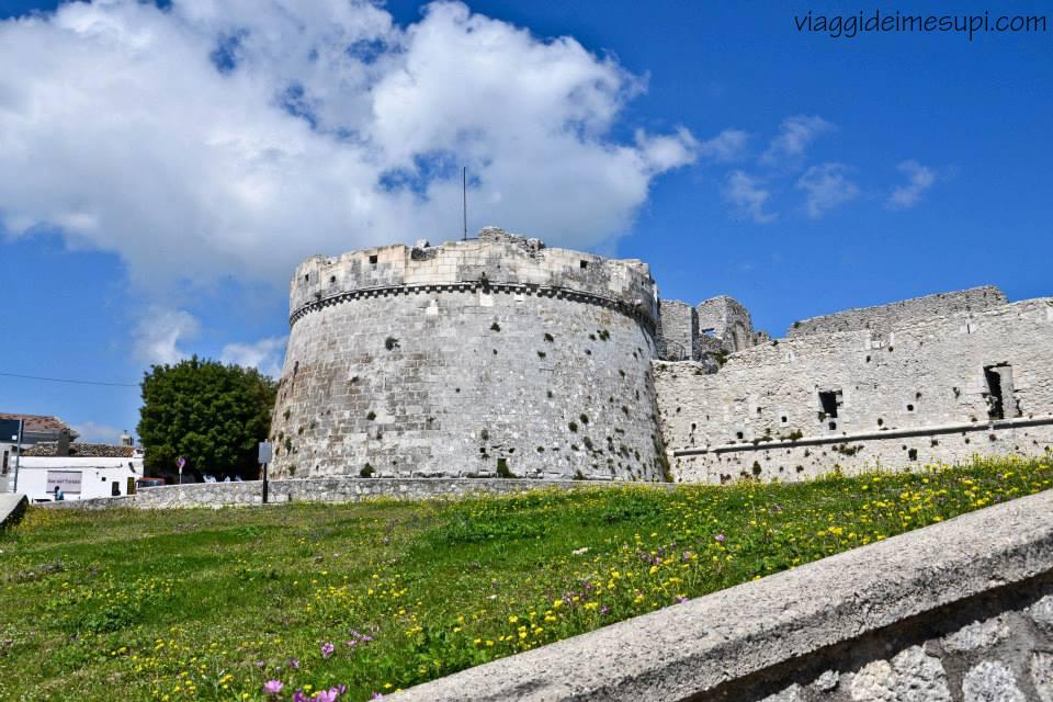 Monte Sant'Angelo, Castello esterno