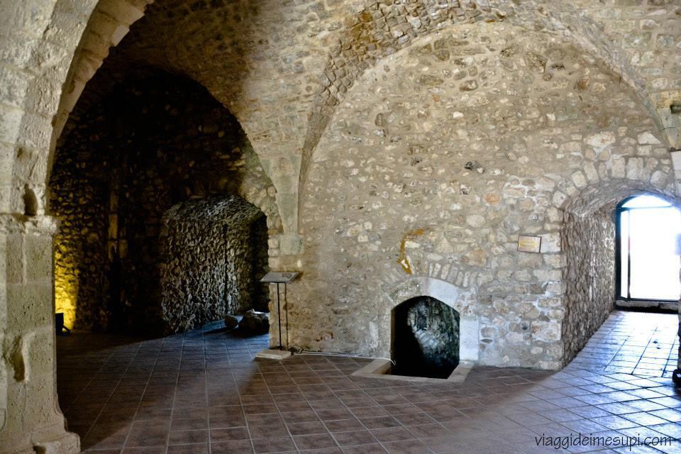 Monte Sant'Angelo, castello interno