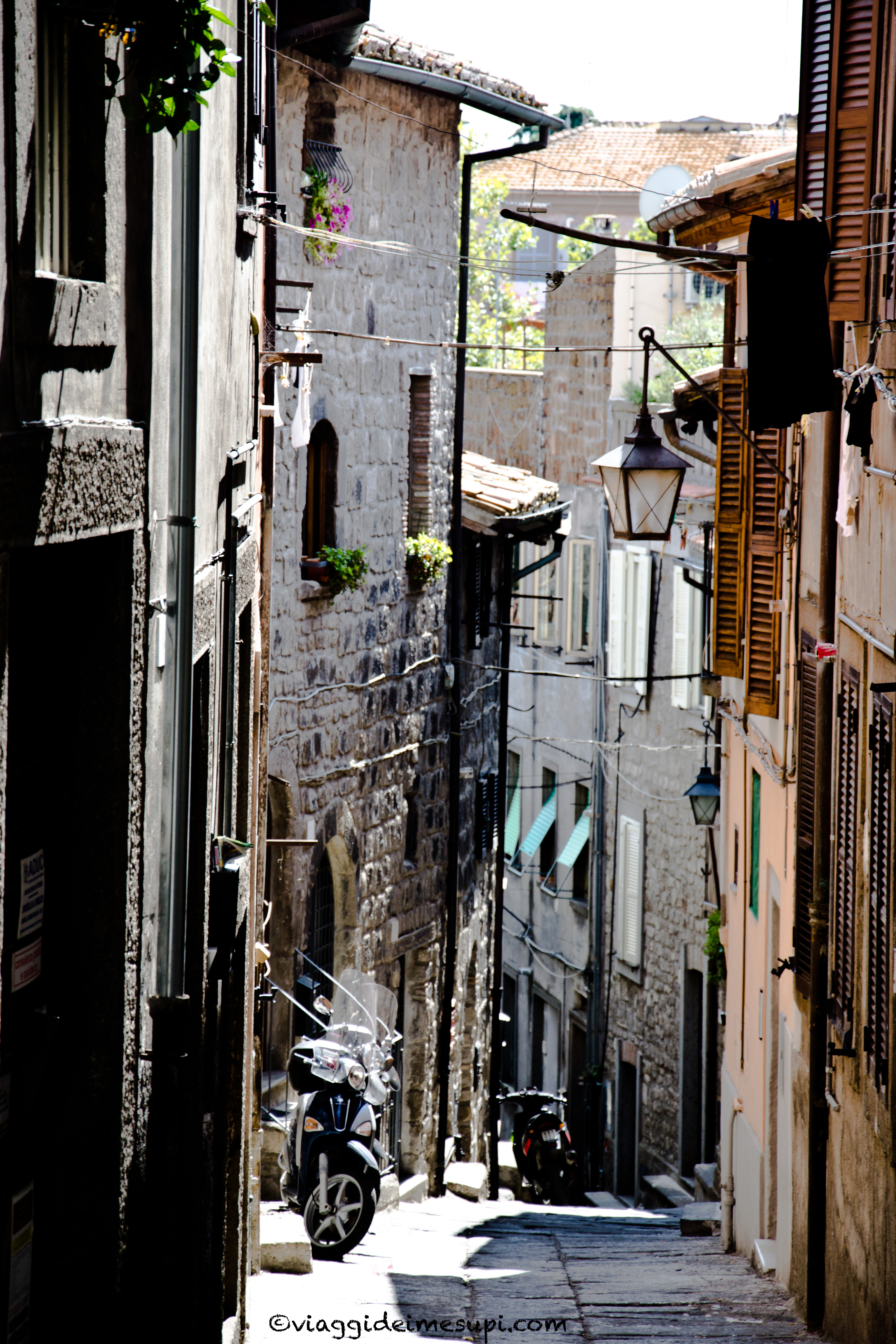 Cosa vedere a Viterbo, vicolo a San Pellegrino
